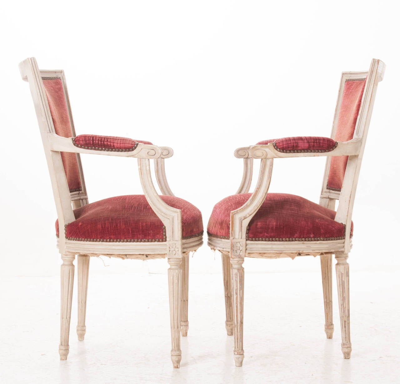 Pair of French 20th Century Louis XVI Style Armchairs In Good Condition For Sale In Baton Rouge, LA