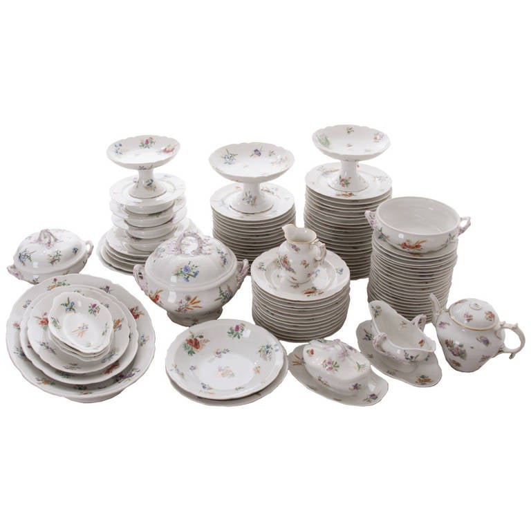 French 19th Century Floral 102 Piece Dinner Service