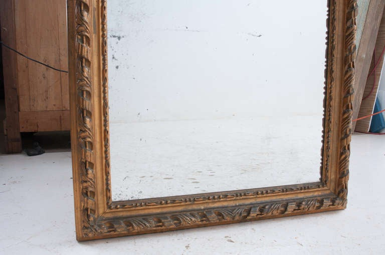 French 19th Century Louis Philippe Gold Gilt Mirror In Good Condition For Sale In Baton Rouge, LA