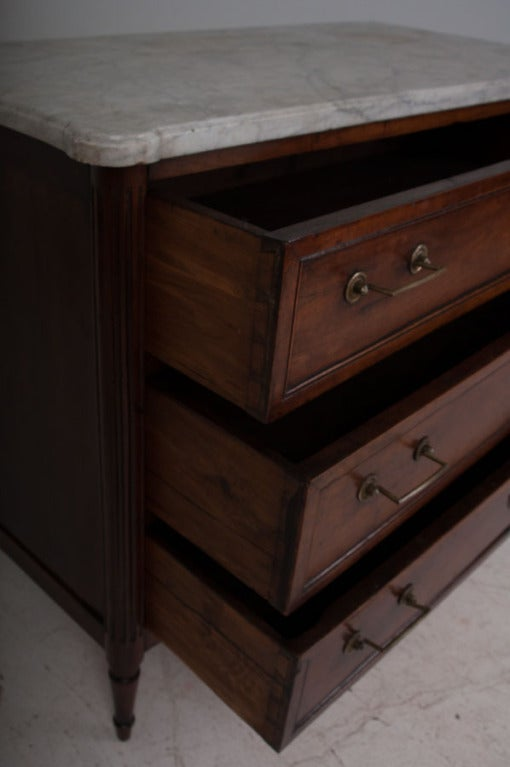 French 19th Century Walnut & Marble Top Commode 9