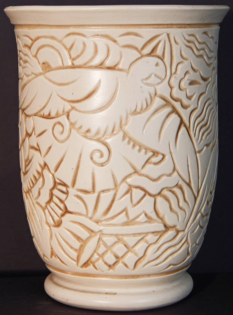 Superb Art Deco Vase with Tropical Bird Motif, George Condé for Mougin, France In Excellent Condition For Sale In Philadelphia, PA