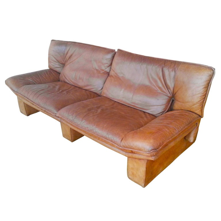 pair of 1970s 2 seater leather sofas by nicoletti salotti
