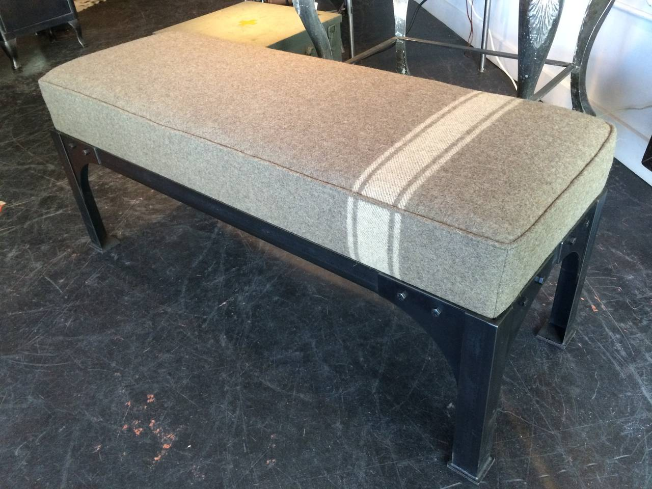 Military Bench 4