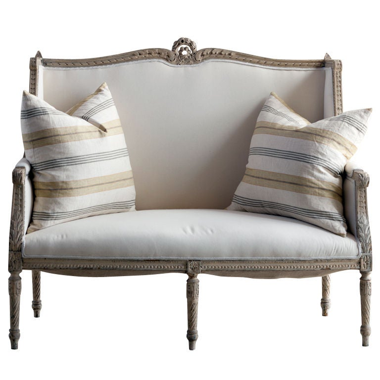 Wonderful antique settee at 1stdibs for Settees and sofas
