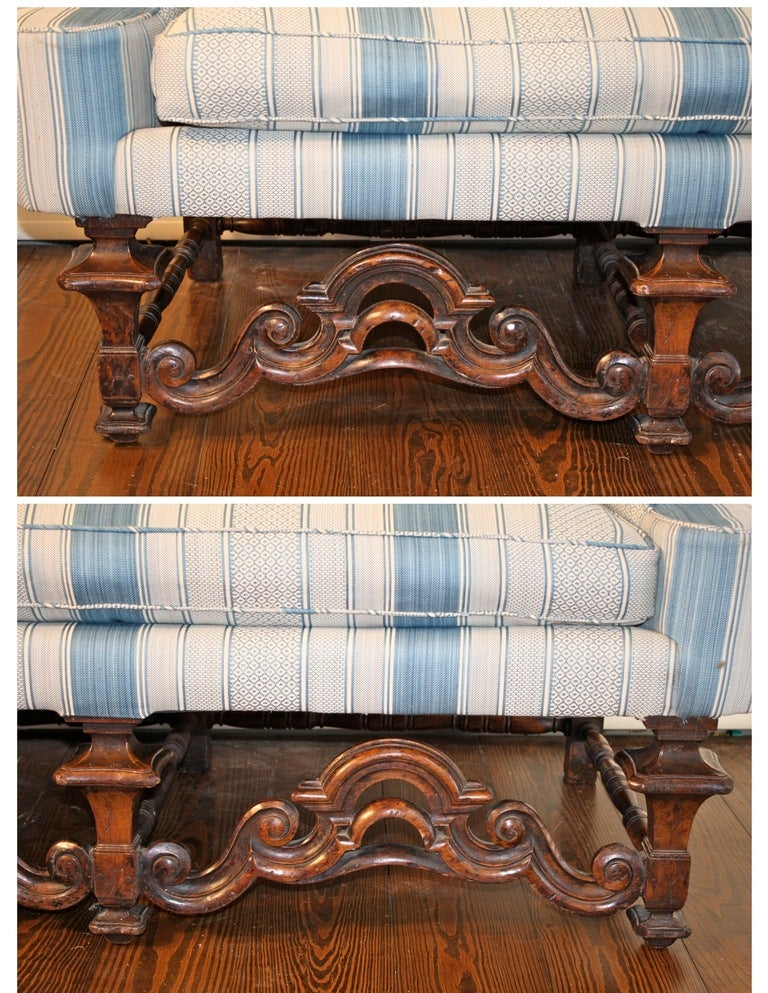 Late 17th Century William and Mary Dutch Baroque Settee For Sale