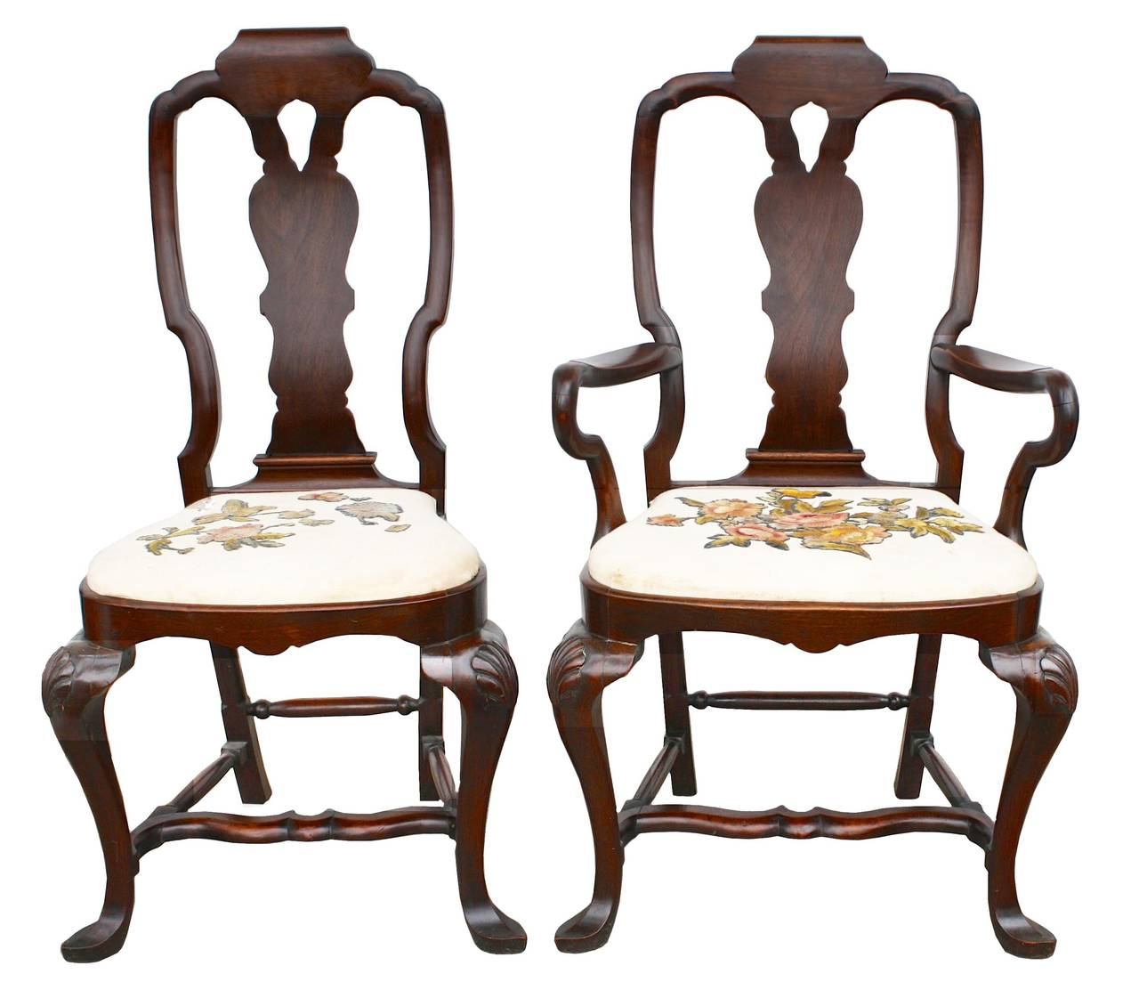 Fourteen american queen anne revival dining chairs for for Dining room chairs queen anne