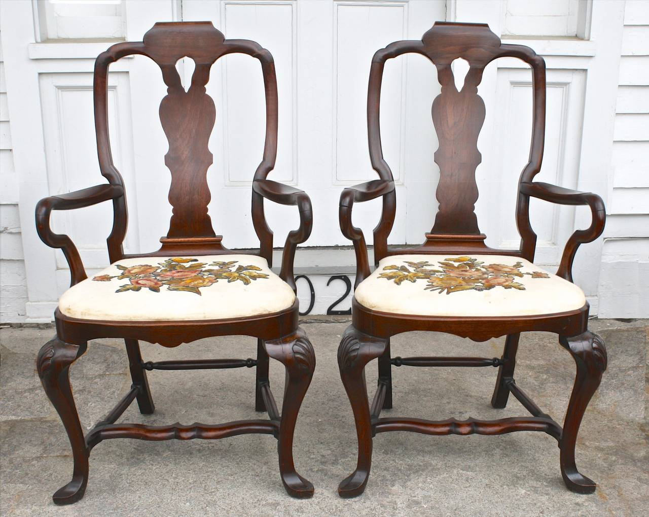 Set Of 14 American Queen Anne Revival Dining Chairs At 1stdibs