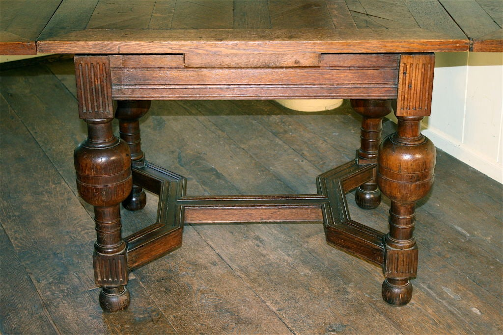 19th Century English Oak Draw-leaf Table Style of James I For Sale