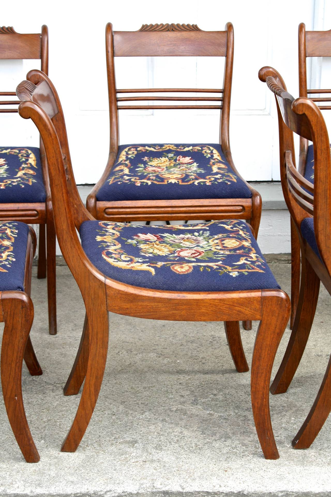 American SIX Philadelphia Klismos Dining Chairs For Sale