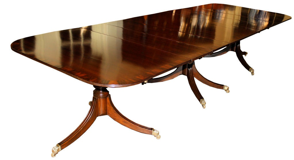 Mahogany Triple Pedestal Rosewood Banded Dining Table at  : 866712883990752 from www.1stdibs.com size 1023 x 559 jpeg 49kB