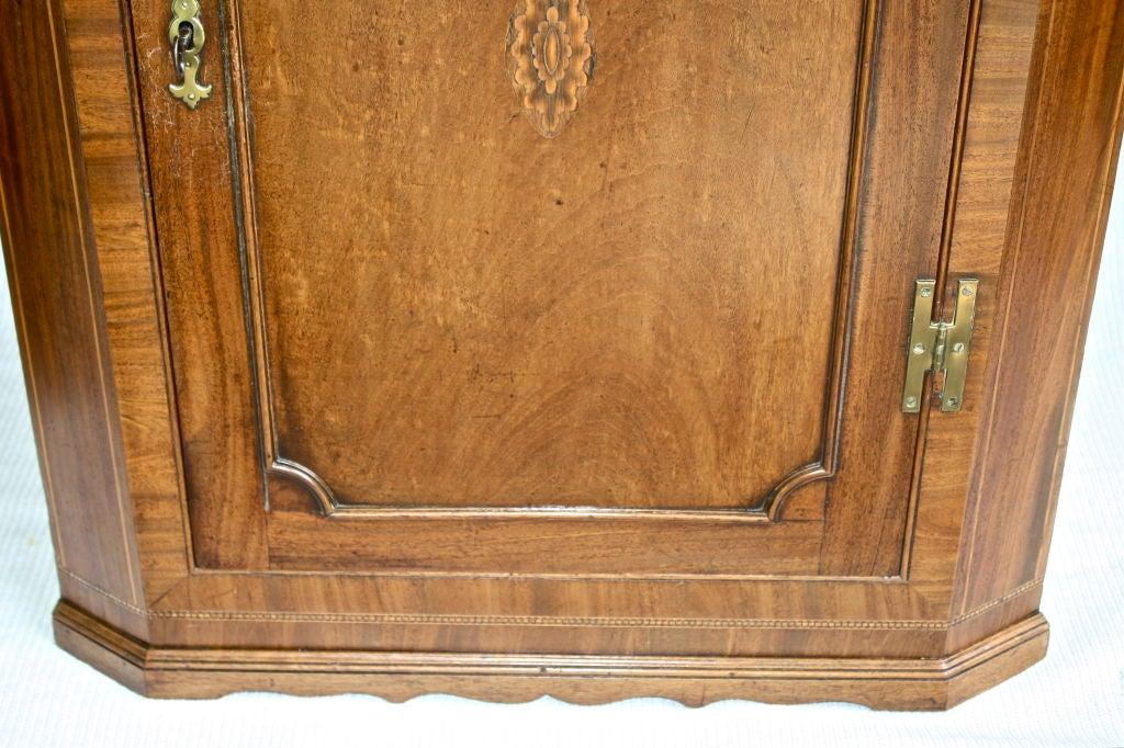 18th Century Scottish Hepplewhite Inlaid Corner Cabinet For Sale