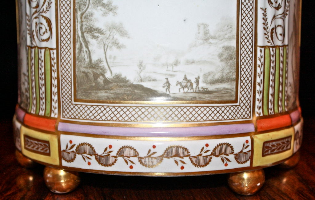 Chamberlain's of Worcester Demilune Crocus Pot 6