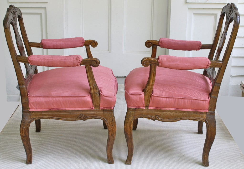 TWO Italian 'Poltrone Piedmontese' Armchairs 3