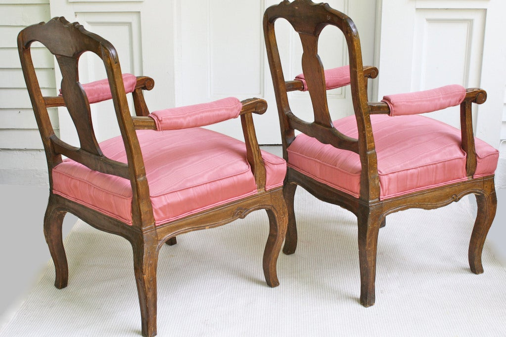 TWO Italian 'Poltrone Piedmontese' Armchairs 4