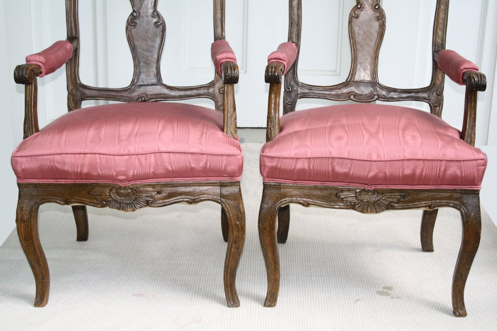 TWO Italian 'Poltrone Piedmontese' Armchairs 7