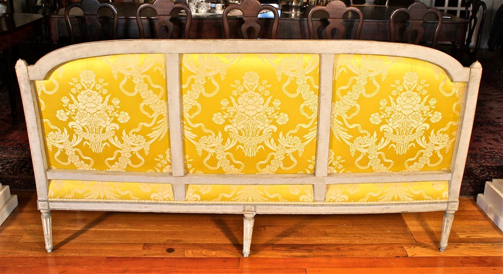 Louis XVI Jean-Baptiste Boulard Canapé In Good Condition For Sale In Woodbury, CT