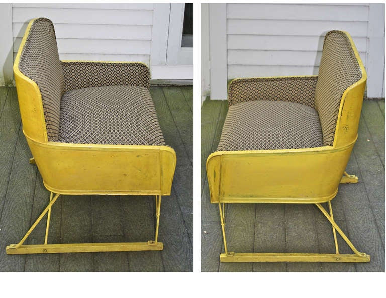 American 'Phaeton' Carriage Seat In Good Condition For Sale In Woodbury, CT