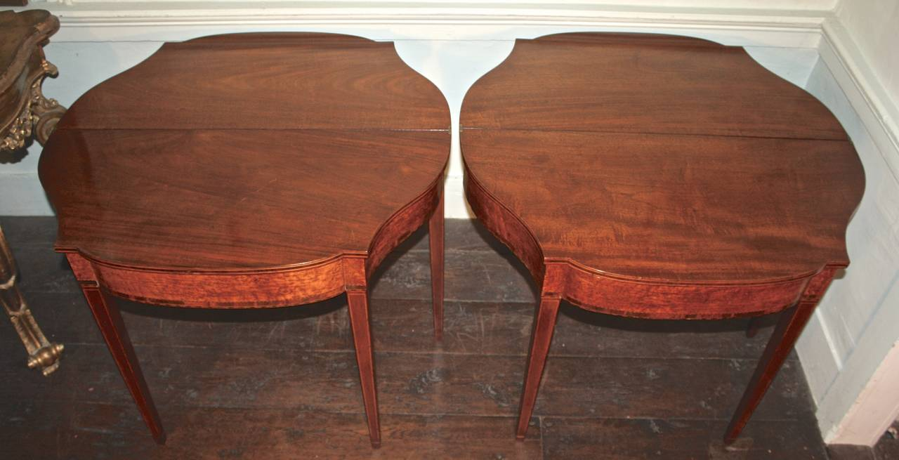 PAIR Massachusetts Federal Card Tables In Good Condition For Sale In Woodbury, CT