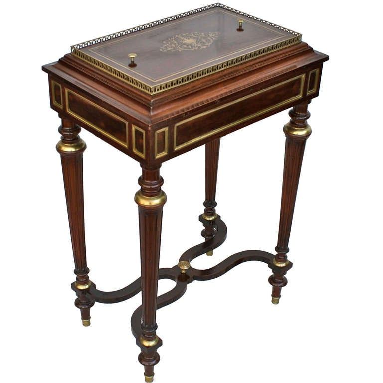 Napoleon iii sormani 39 neoclassical 39 jardiniere table for for Jardiniere napoleon 3