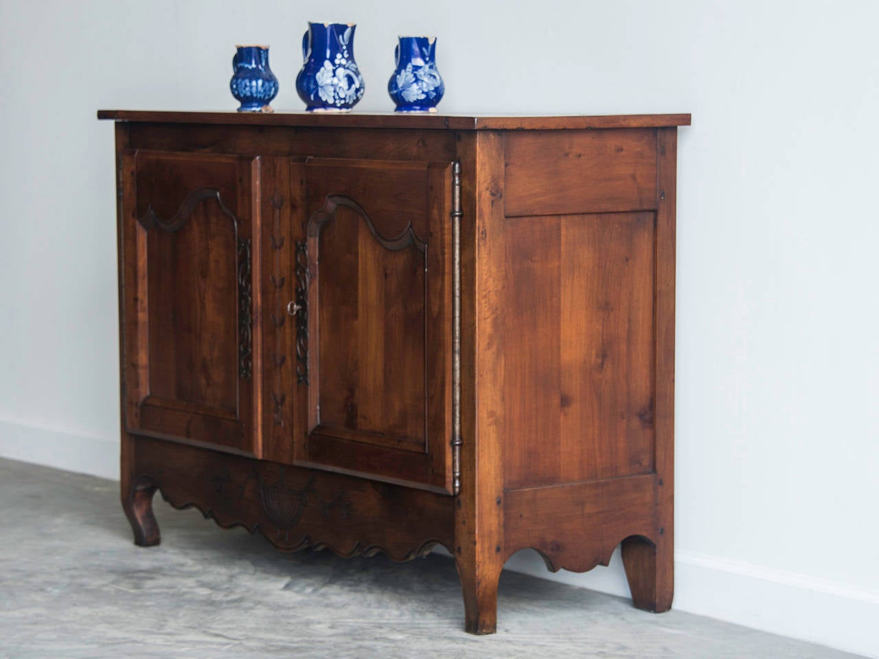 antique french transitional period cherrywood buffet bas d 39 armoire circa 1775 at 1stdibs. Black Bedroom Furniture Sets. Home Design Ideas