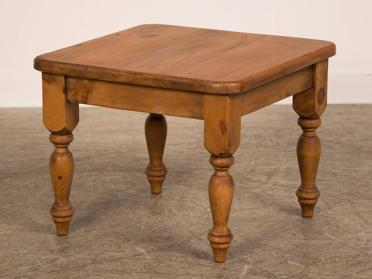 Pine coffee table from england at stdibs