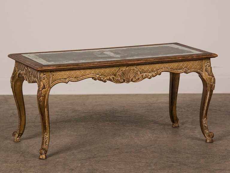 Louis XV Style Gilded Coffee Table with Verre Eglomise Top, France c.1900 4