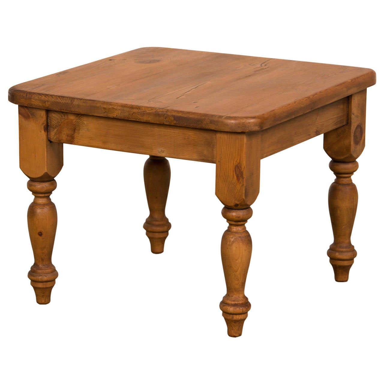 Pine Coffee Table From England At 1stdibs