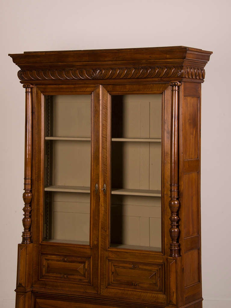 French Antique Walnut Display Cabinet/ Bookcase, Shallow Depth, circa 1870 2 - French Antique Walnut Display Cabinet/ Bookcase, Shallow Depth