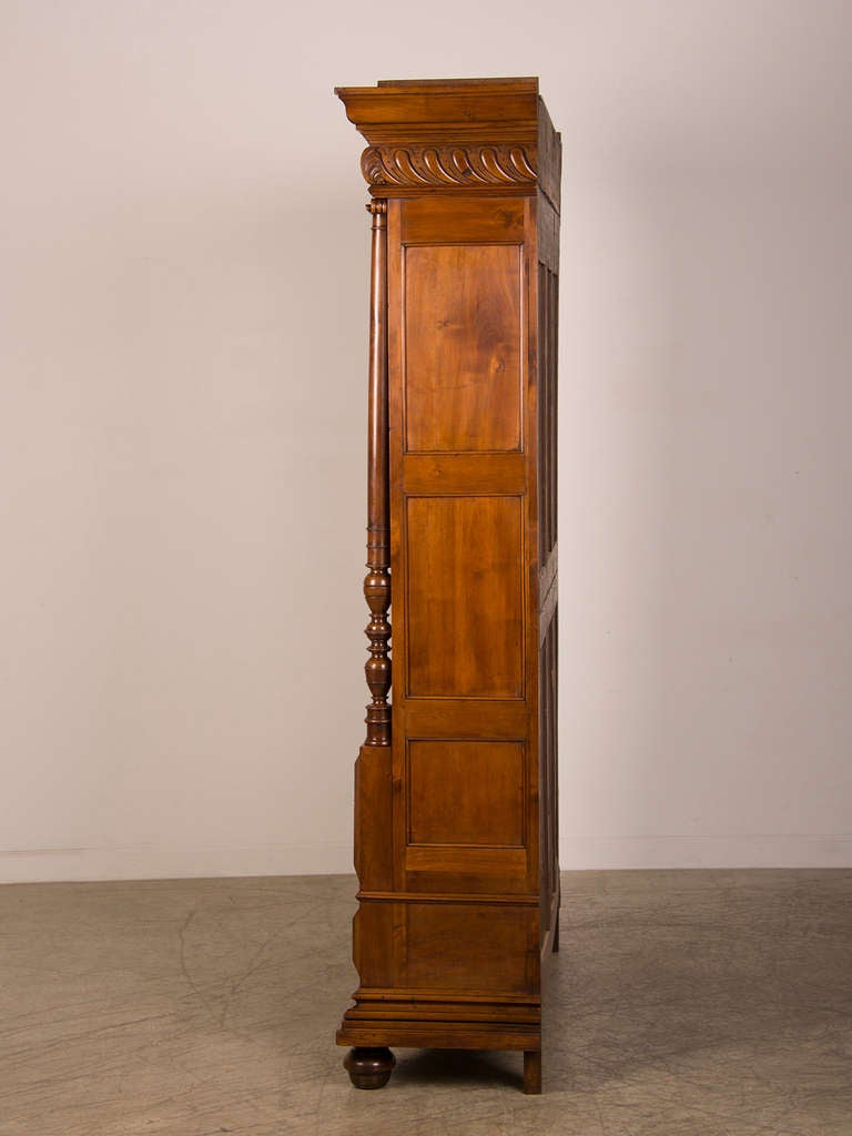 french antique walnut display cabinet bookcase shallow depth circa 1870 at 1stdibs. Black Bedroom Furniture Sets. Home Design Ideas