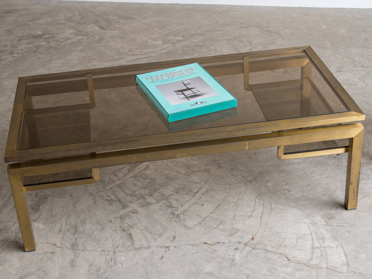 Vintage brass coffee table with smoked glass top france for Table 52 houston