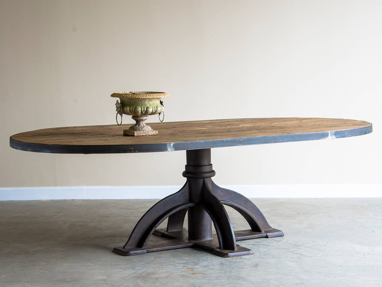 Oval Table Industrial Fitting Base Holland Circa Reclaimed - Reclaimed wood oval dining table