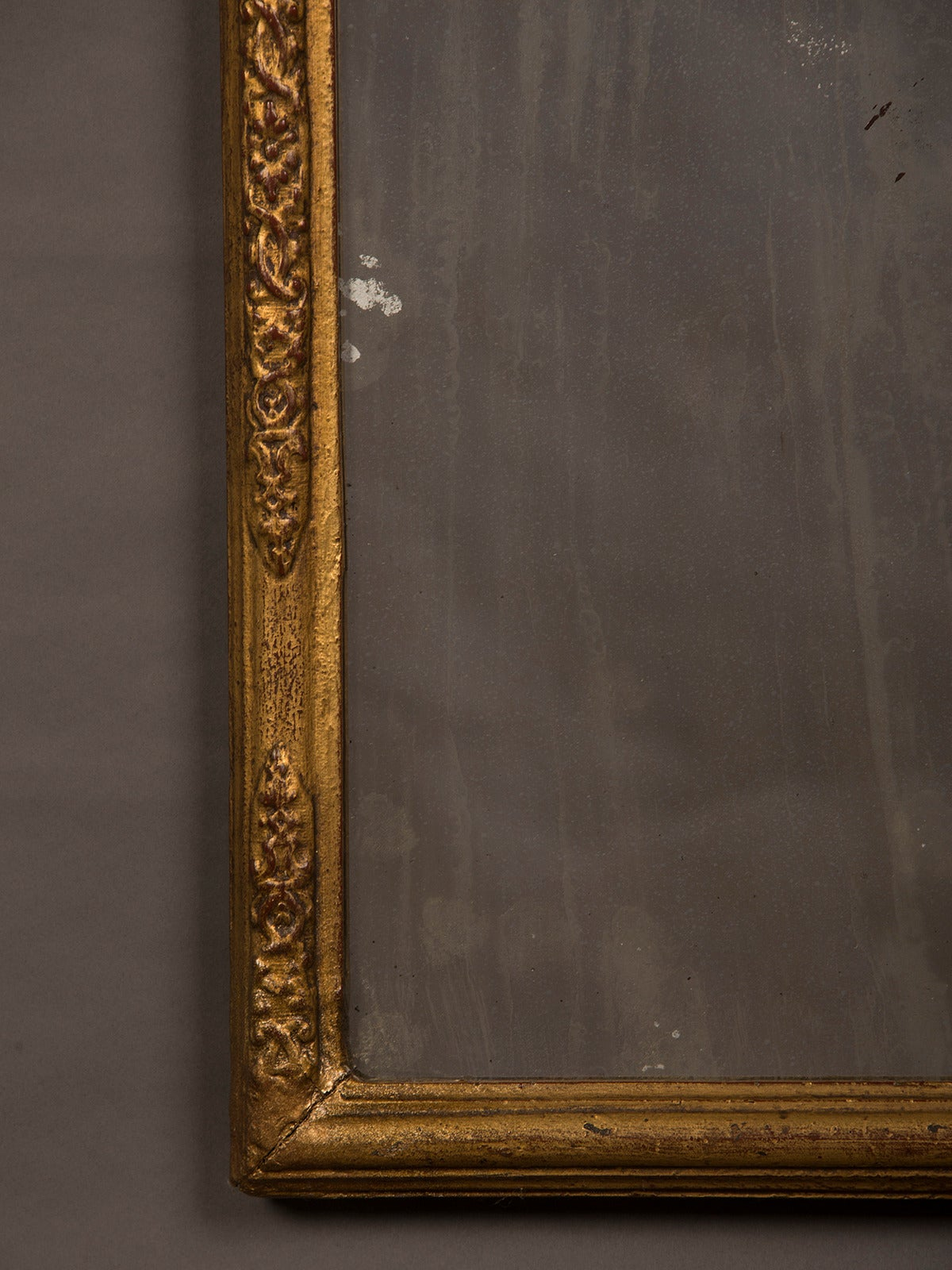 Gold Leaf Antique Italian Neoclassical Gilded Mirror, circa 1790 For Sale