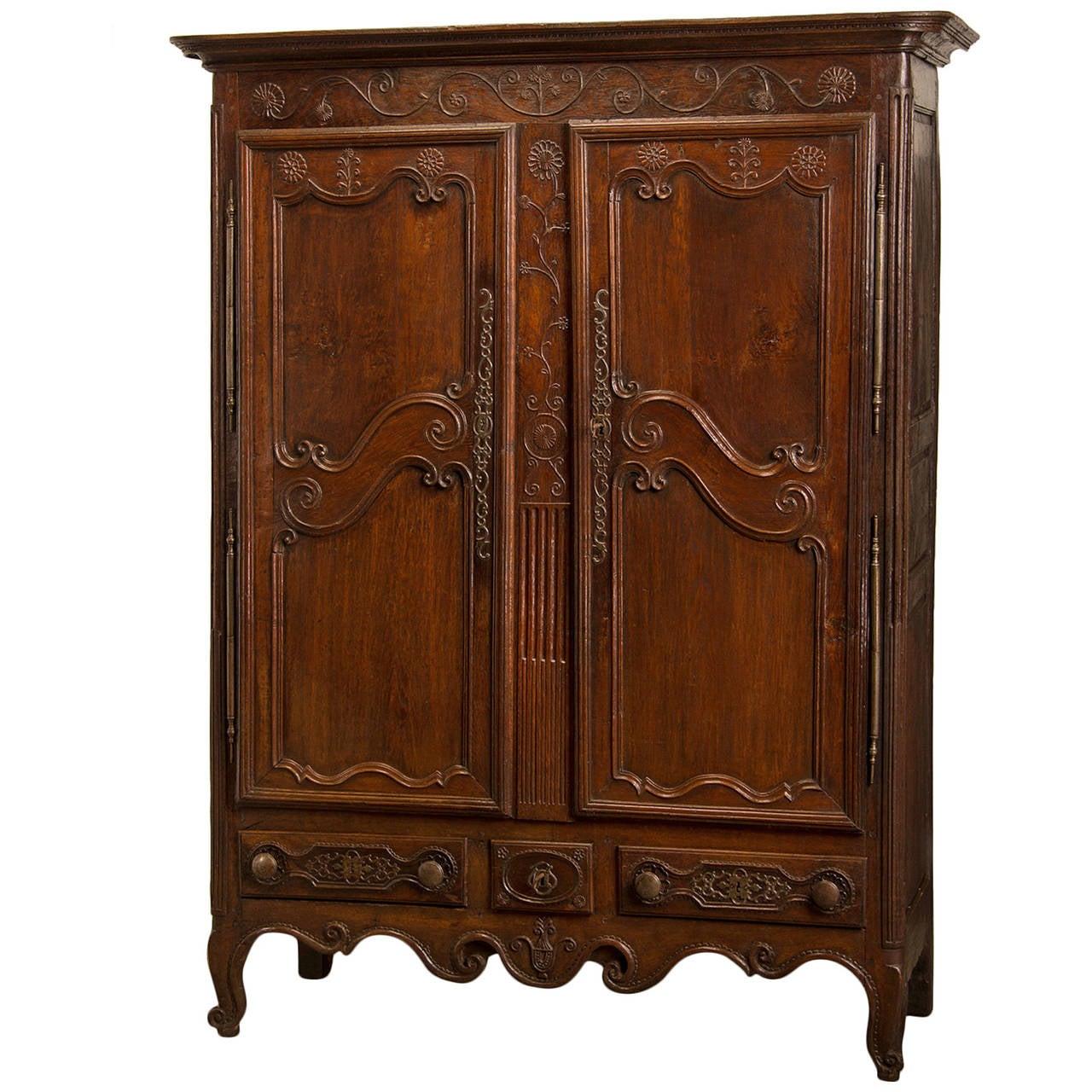 louis xvi period oak armoire original hardware france. Black Bedroom Furniture Sets. Home Design Ideas