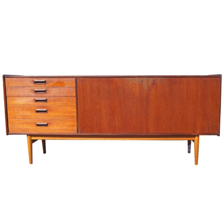 mid century danish modern sideboard buffet credenza. Black Bedroom Furniture Sets. Home Design Ideas