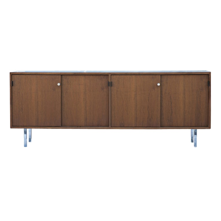 Florence Knoll for Knoll Walnut Credenza Buffet