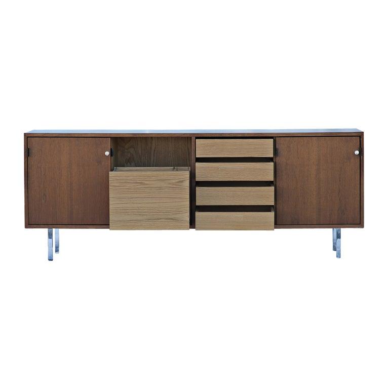 florence knoll for knoll walnut credenza buffet for sale. Black Bedroom Furniture Sets. Home Design Ideas