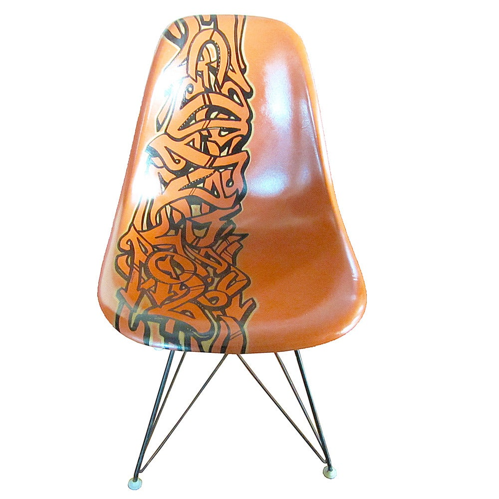 Vintage eames chair - Vintage Eames Chair For Herman Miller Reimagined By Graffiti Artist Gonzo247 2