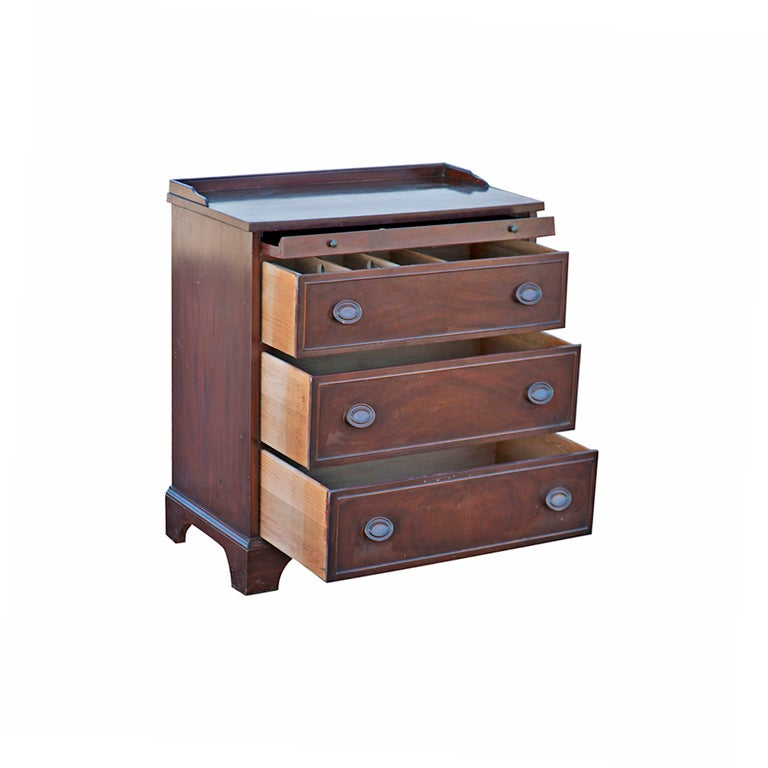 Duncan Phyfe Style Mahogany Small Chest Dresser At 1stdibs