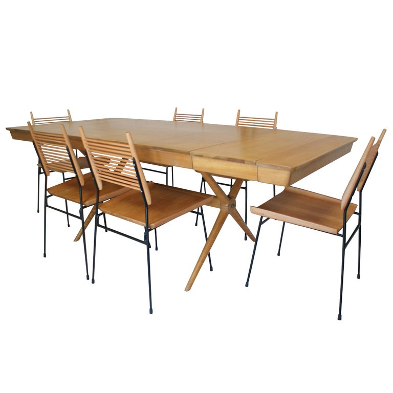 Vintage mid century maple extension dining table at 1stdibs for Maple dining room table