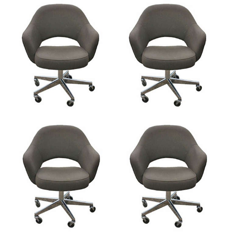 this saarinen for knoll executive task arm chairs set of eight is no
