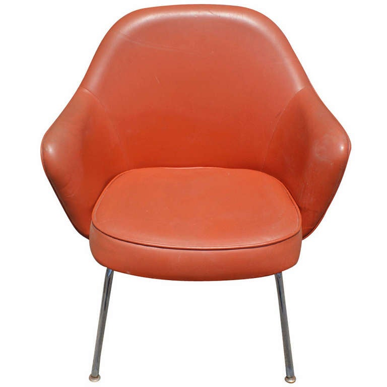 this saarinen for knoll executive arm chair is no longer available