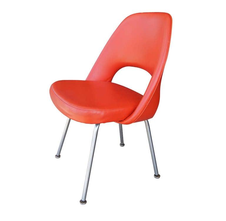 Mid-Century Modern Eero Saarinen for Knoll 72U Chair; Set of Four For Sale
