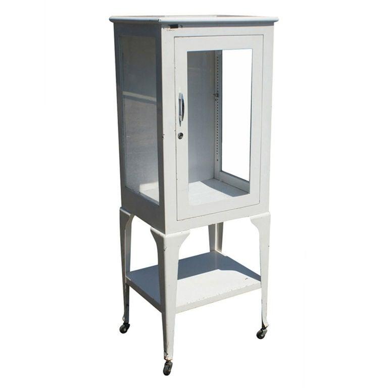 Restored Vintage Metal Medical Display Cabinet at 1stdibs - Vintage Metal Medical Display Cabinet At 1stdibs