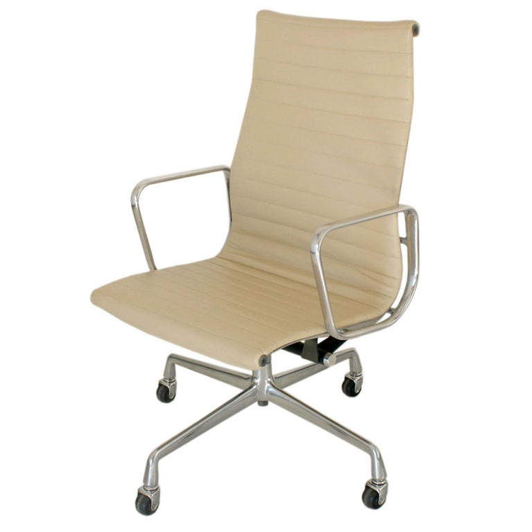 Eames For Herman Miller Aluminum Group Executive Chair At