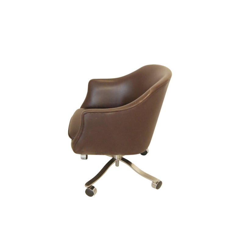 Nicos zographos brown leather bucket chair 5 available for Bucket dining room chairs