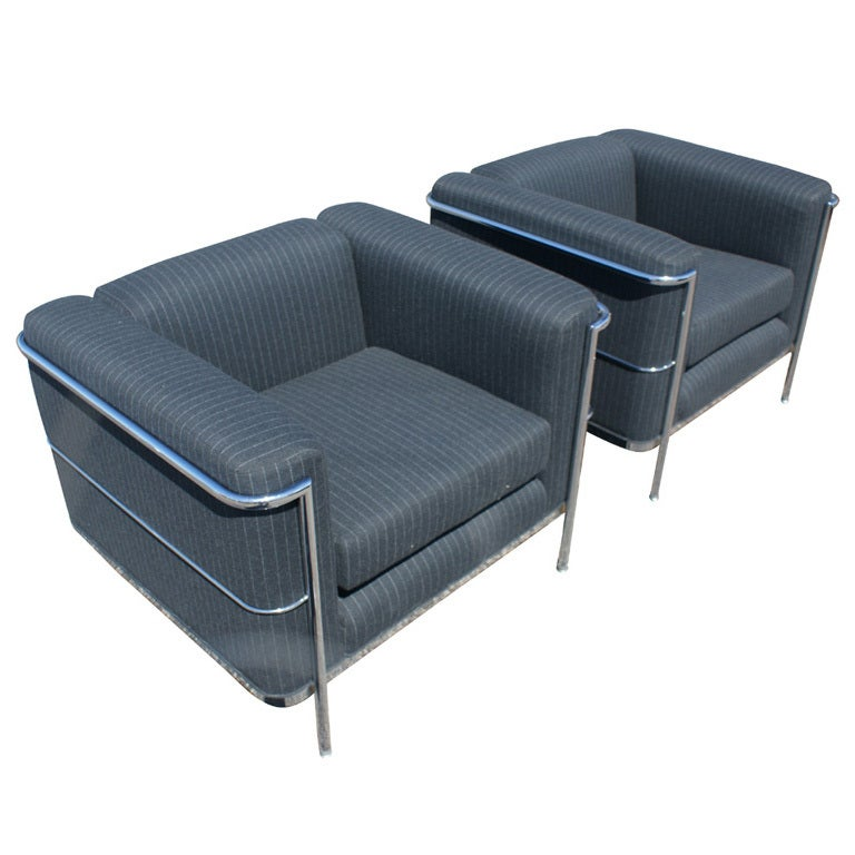 Pair Le Corbusier Style Lounge Chairs at 1stdibs