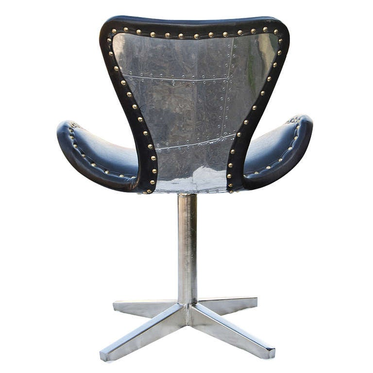 Unknown Leather And Chrome Swivel Chair For Sale