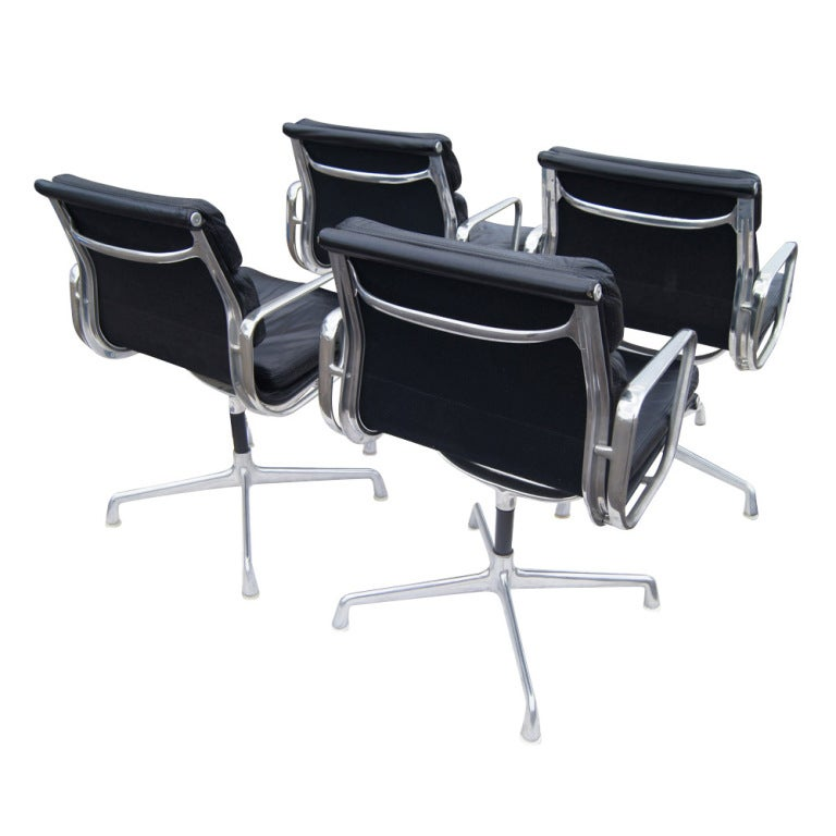 Four eames for herman miller aluminum group chairs at 1stdibs - Herman miller bucket chair ...