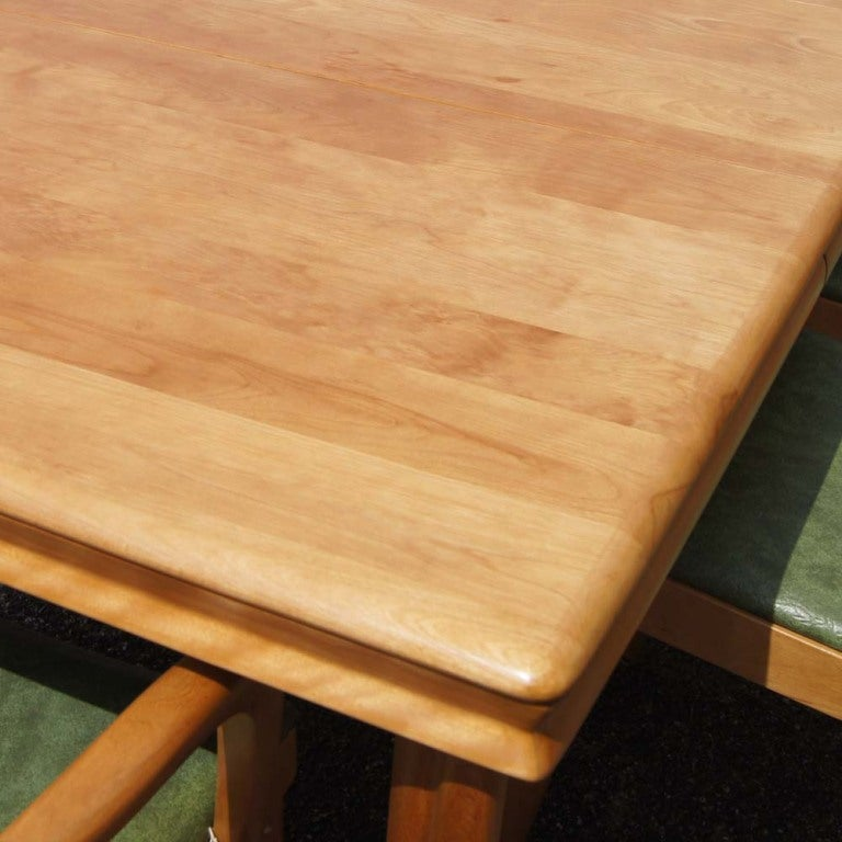 Heywood Wakefield Extension Dining Table And Six Chairs In Excellent Condition For Sale In Pasadena, TX