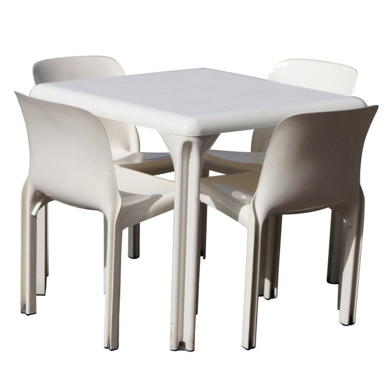 Vico Magistretti For Artemide Dining Set For Sale